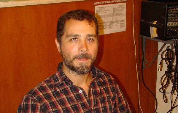 Γιάννης Παναγιωτακόπουλος (3χορδο μπουζούκι)